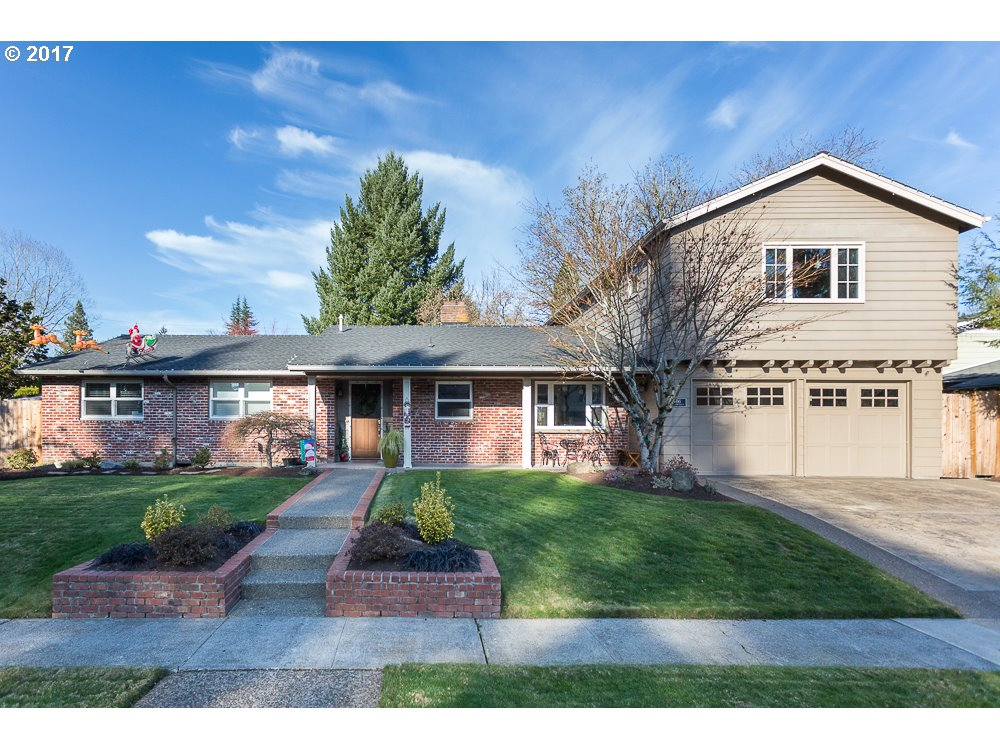 2365 SW WINCHESTER PL, Portland OR 97225