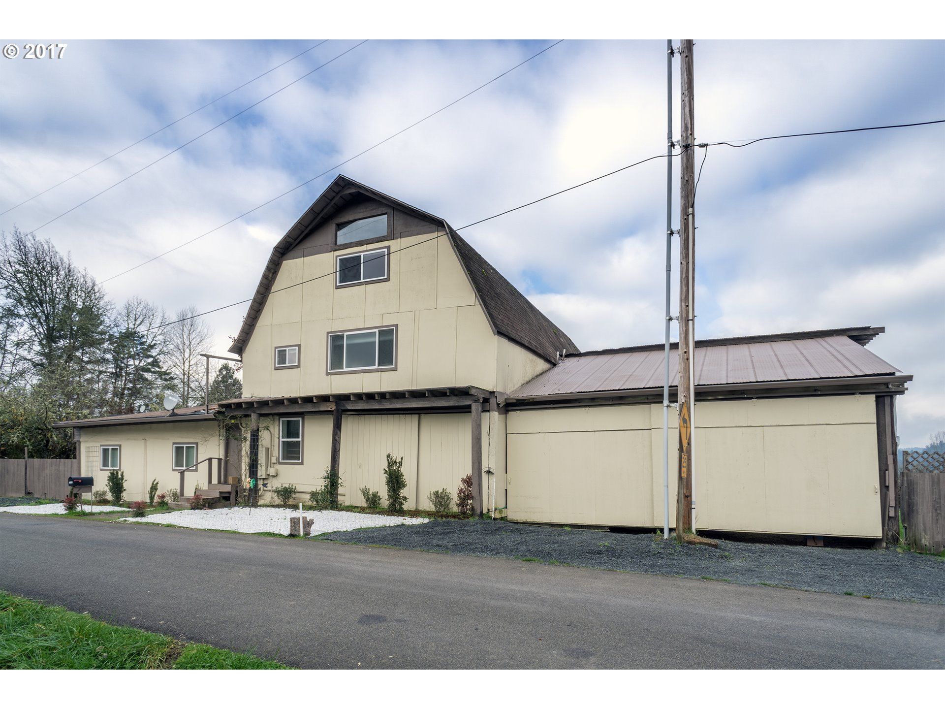 37043 GOATS RD, Springfield, OR 97478
