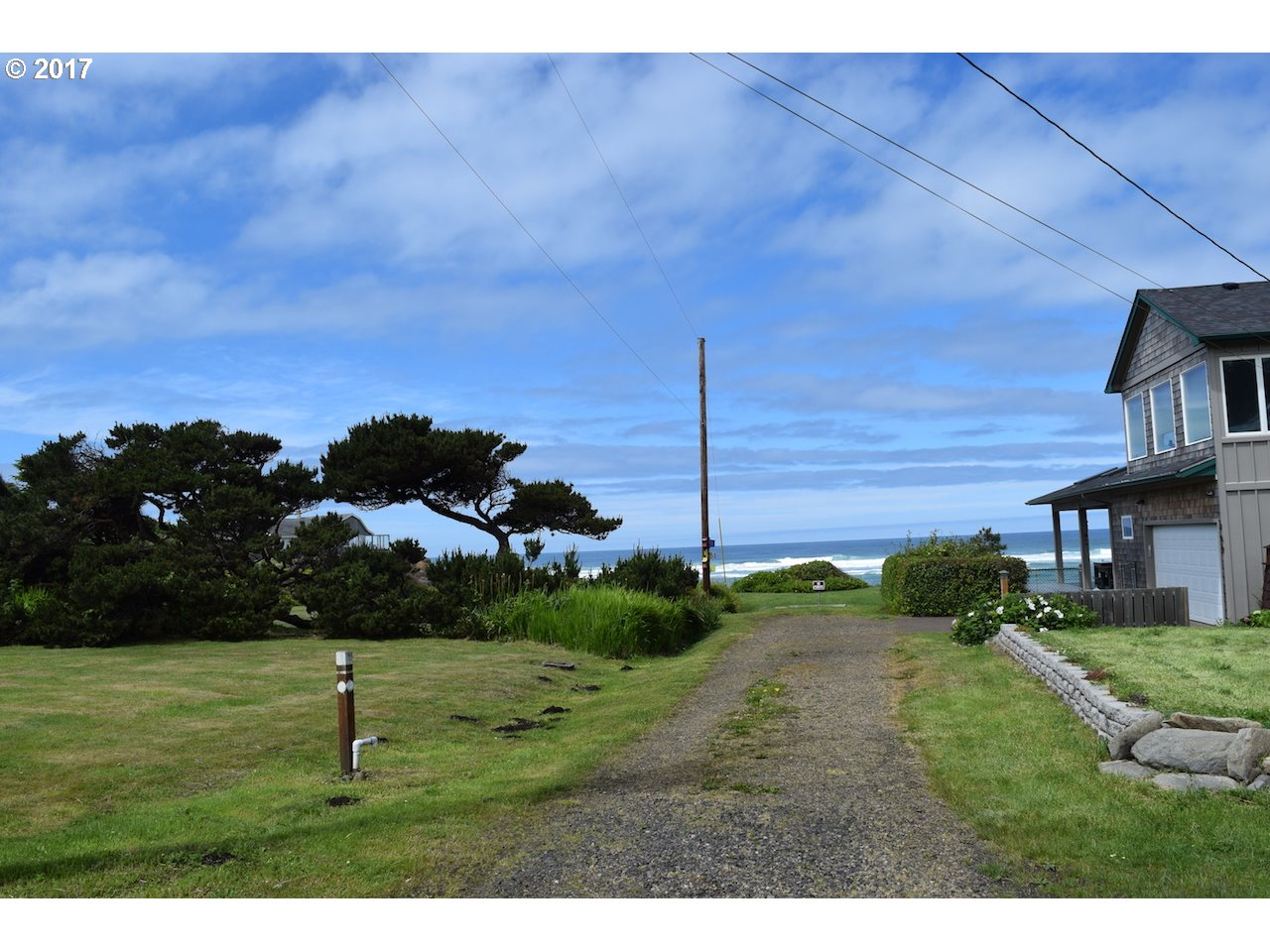 2900 Willa ST, Yachats, OR 97498
