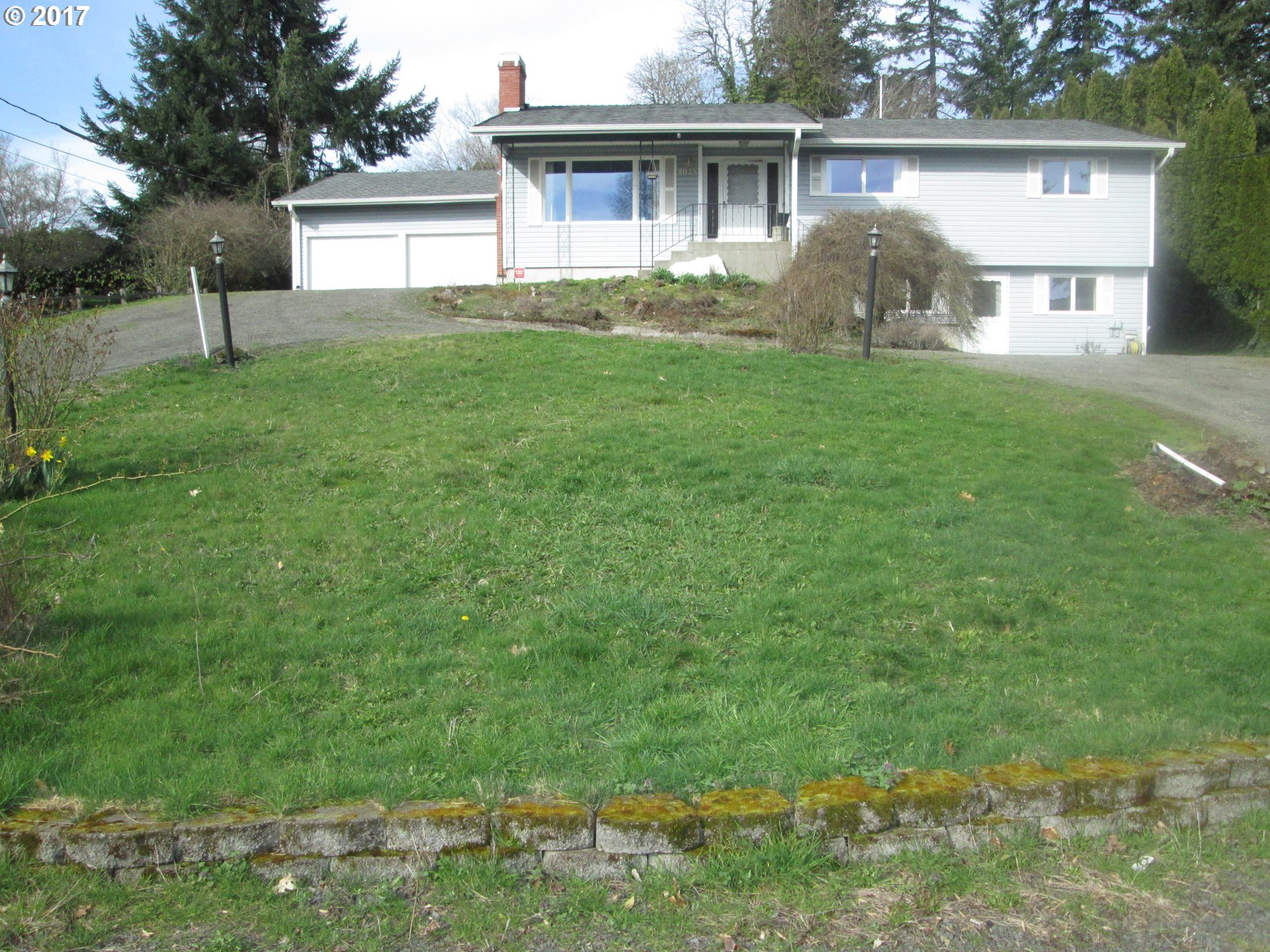 ONE OWNER 5BD 3BA ON .41 ACRE VALLEY VIEW. POSSIBLE  MOTHER-IN-LAW QUARTERS IN BASEMENT W/ 2ND KITCHEN/UTILITY. STORAGE!!!! ROOF, GUTTERS & DOWNSPOUTS IN 2006. HARDWOOD FLOORS, SECURITY SYSTEM, BUILT INS & PULL OUTS. WEST SLOPE COMMUNITY WATER & PUBLIC SEWER. COVERED DECK, LG YARD, RV PARKING W/ ELECTRICAL HOOK UP & CIRCULAR DRIVE.  BASEMENT HAS ITS OWN INGRESS. VINYL WINDOWS/SIDING. HT PUMP/AC REMOD 2014. CORIAN COUNTERS & INSTANT HOT.