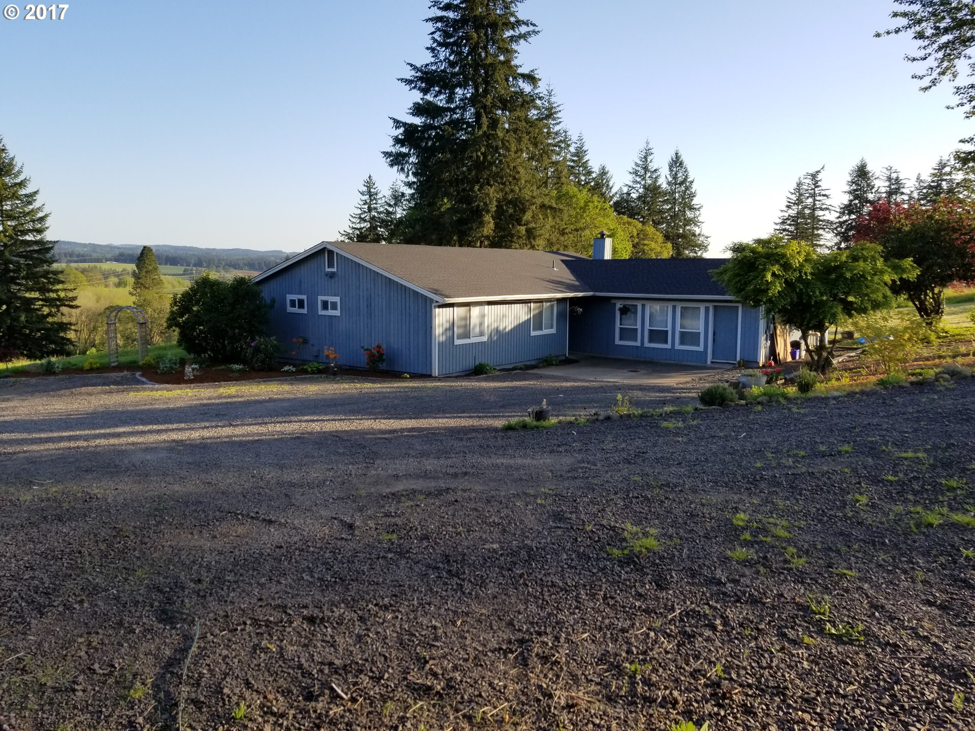 32279 S HIGHWAY 213 , Molalla OR 97038