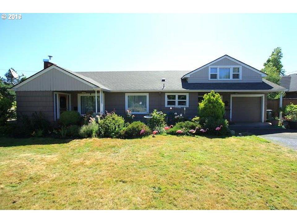 1175 OAKWAY RD, Eugene, OR 97401