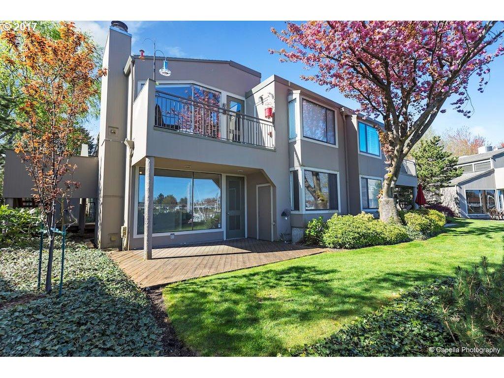 401 N TOMAHAWK ISLAND DR, Portland, OR 97217
