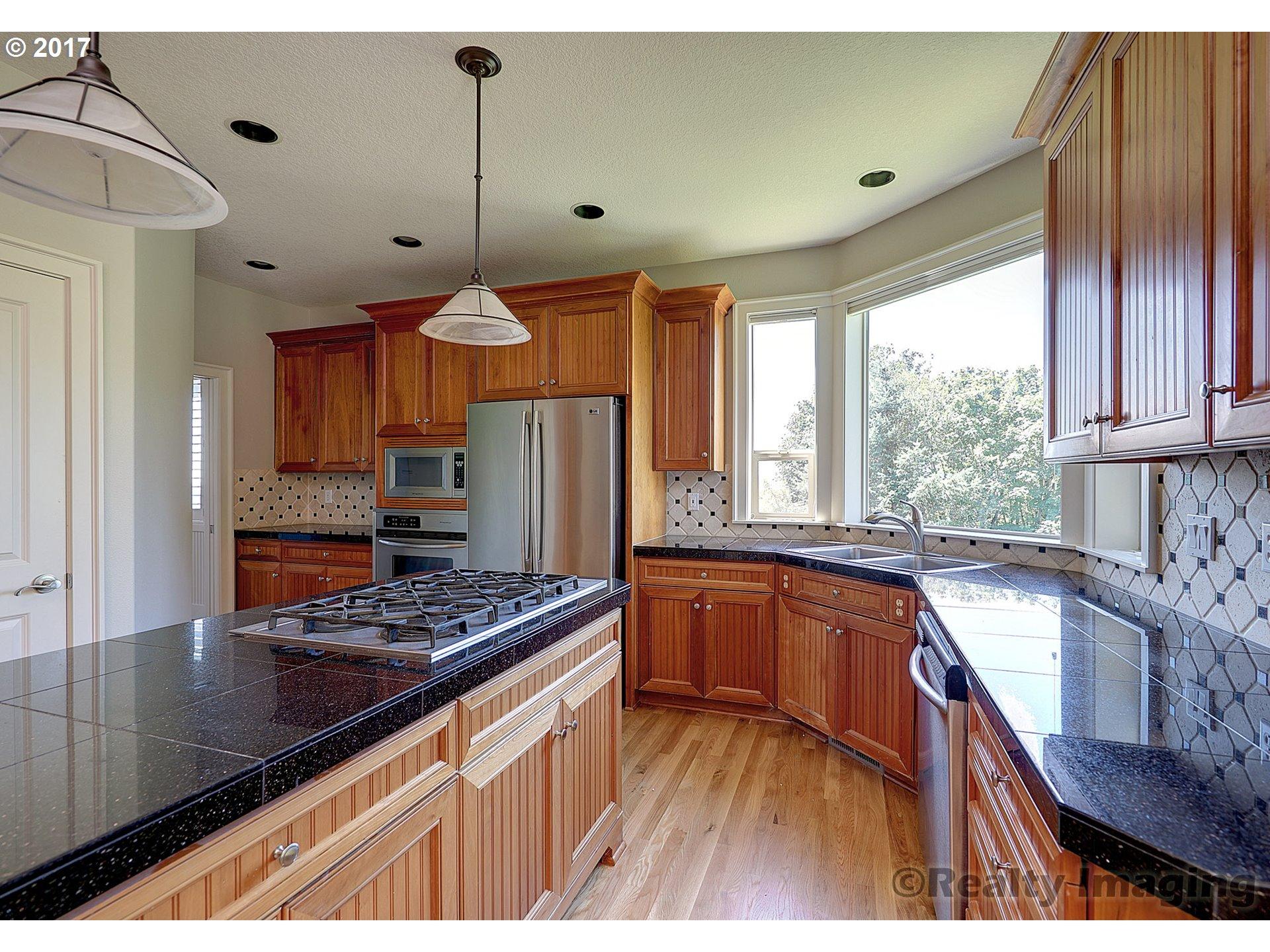 2819 NW BIRKENDENE ST Portland, OR 97229 - MLS #: 17476417