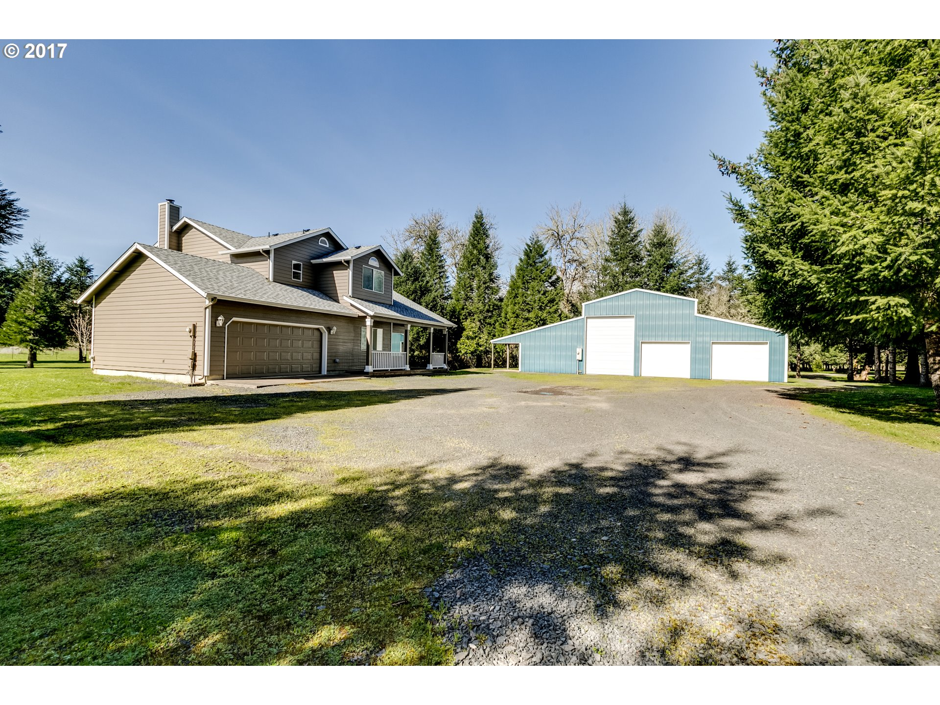 38040 QUEENS RD, Marcola, OR 97454