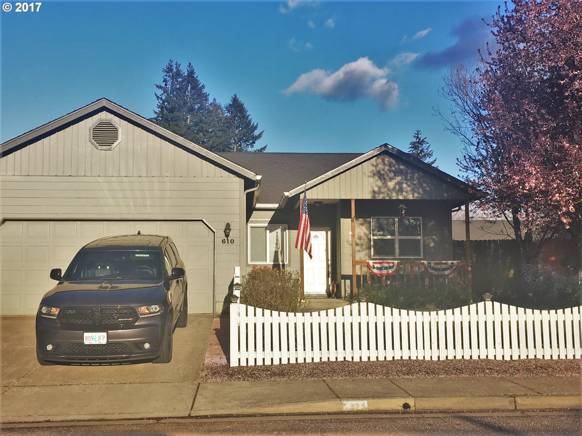 610 N 1ST ST, Creswell, OR 97426