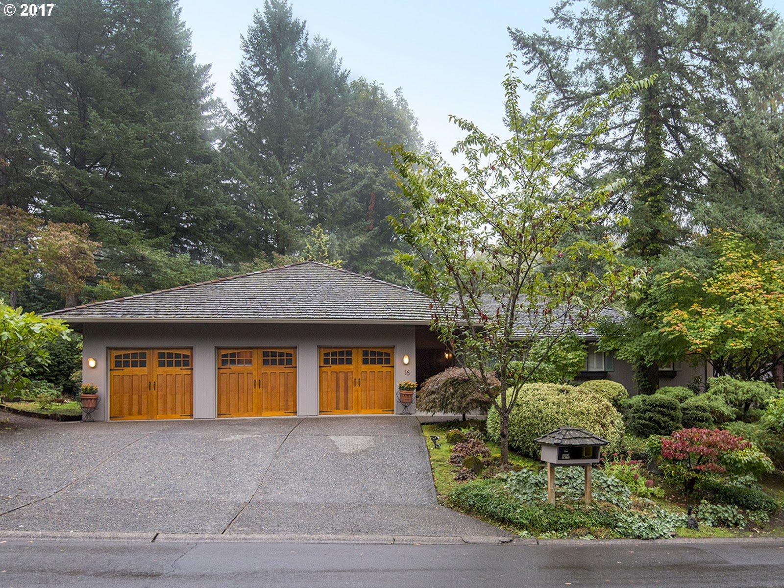 16 CELLINI CT, Lake Oswego OR 97035