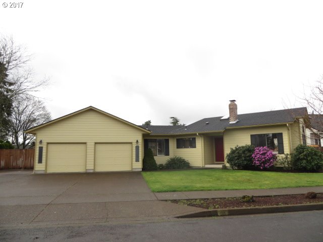 1435 T ST, Springfield, OR 97477