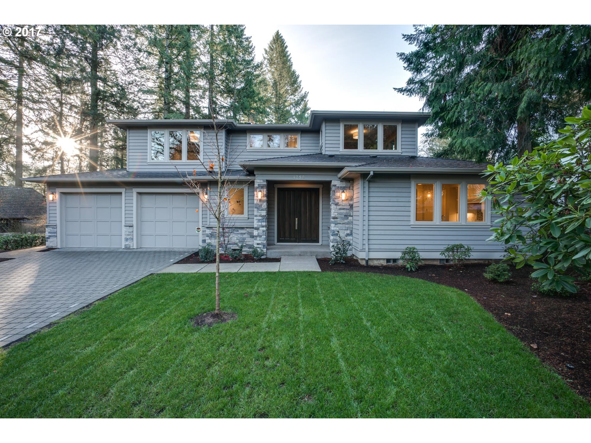 4250 LORDS LN, Lake Oswego, OR 97035
