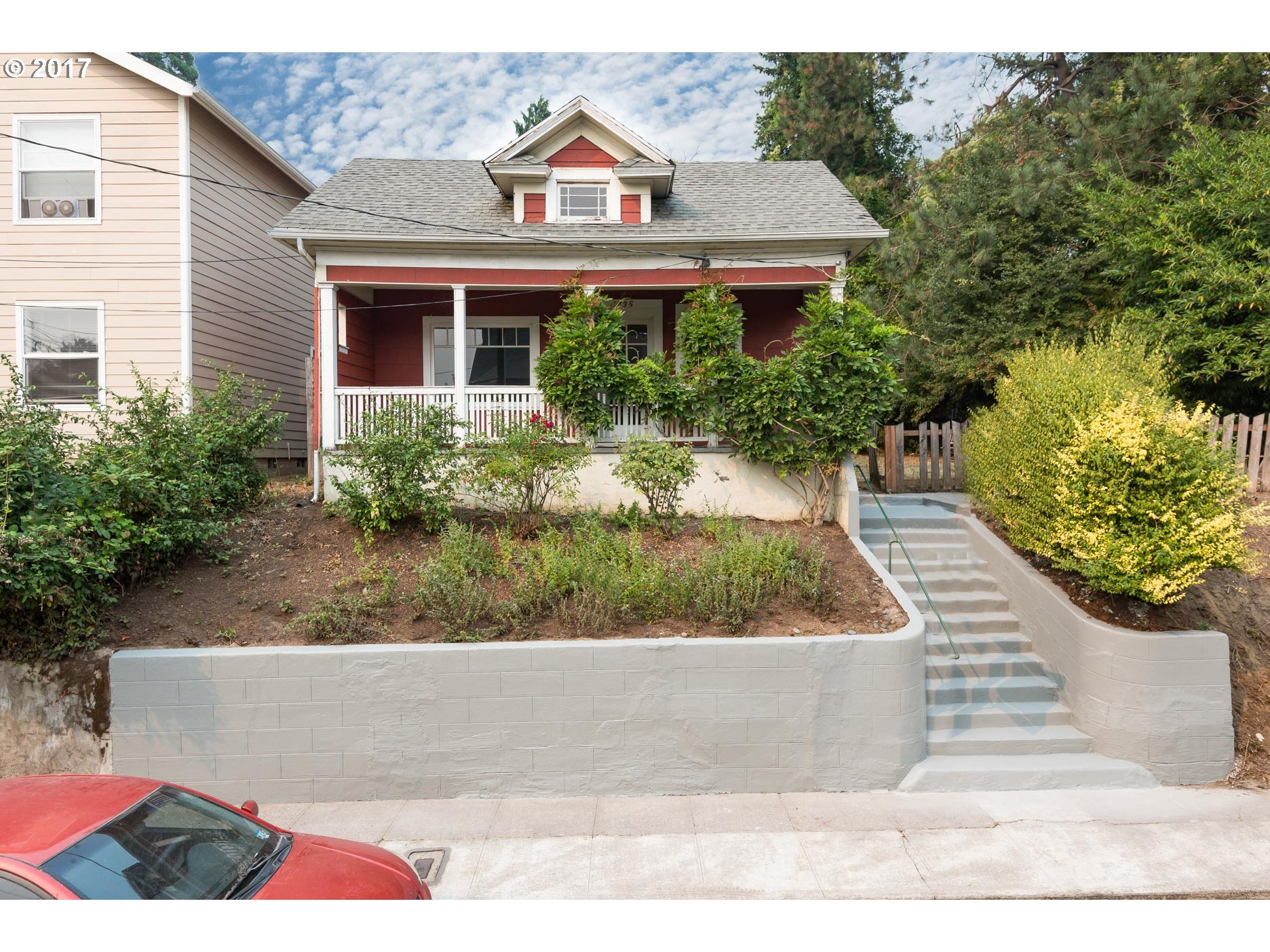 Delightful light filled 3 br 2 bath bungalow with porch, kitchen/ nook, vaulted ceiling, skylights, fir floors, Marmoleum, claw foot tub.  Designer details and appeal throughout. Winning combination EX zoning/res allows for multiple uses(live/work). Many great NOPO destinations nearby. 4 blocks to Mississippi. 2 blocks to Max. Has 60 feet of street frontage and backs to ODOT land. Owner is licensed Realtor. Buyer to do diligence.