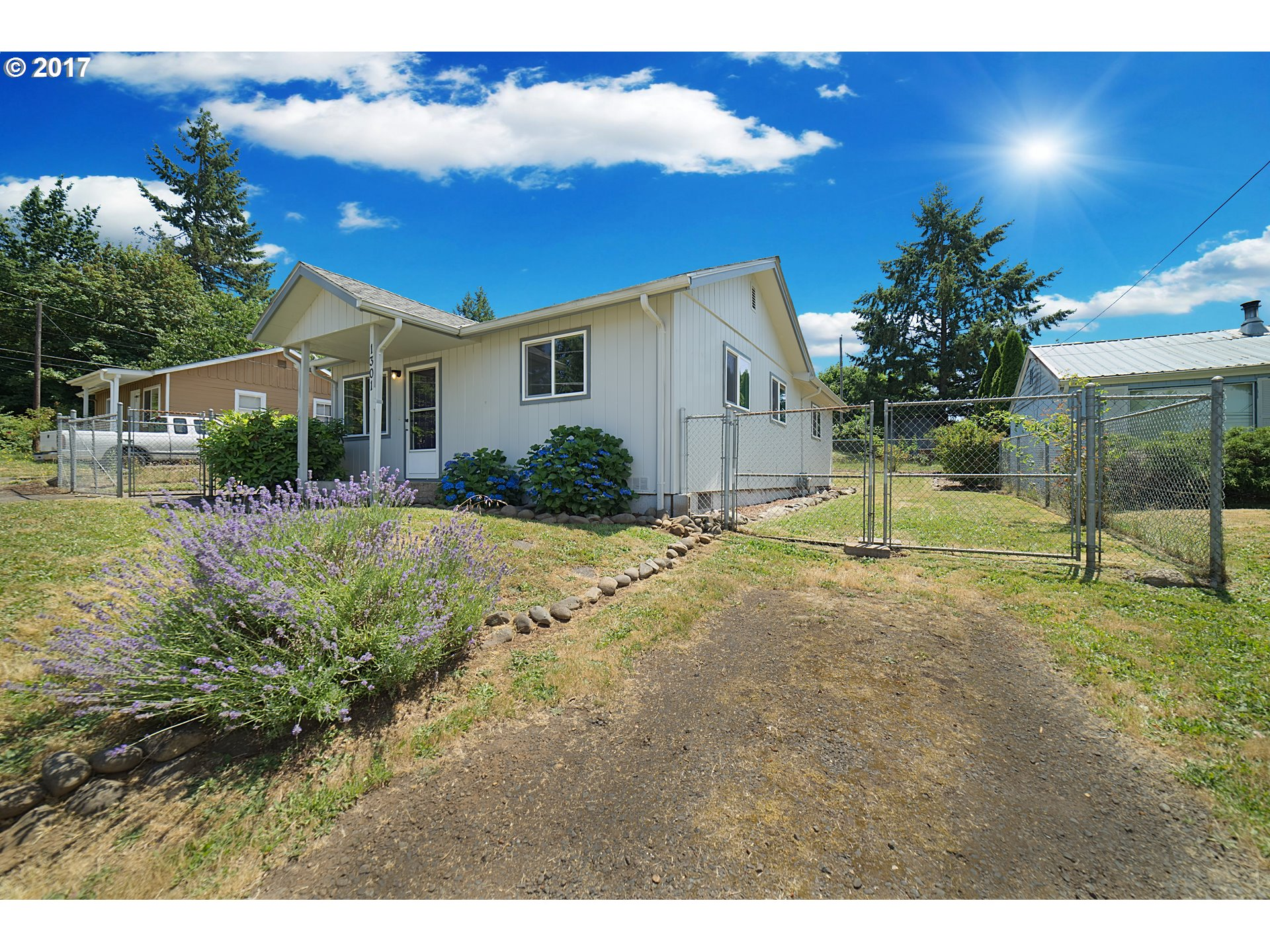 1301 TYLER AVE, Cottage Grove, OR 97424