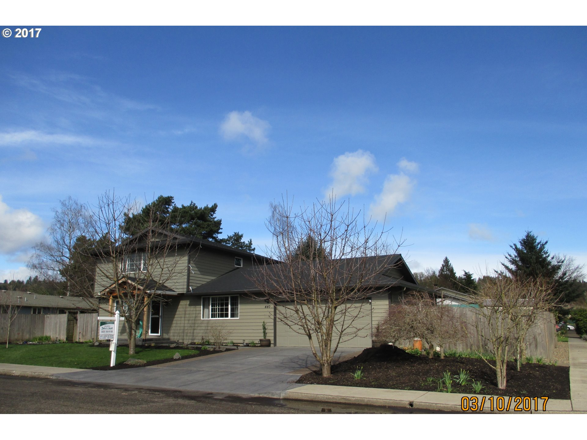 440 SW 13TH ST, Dundee OR 97115