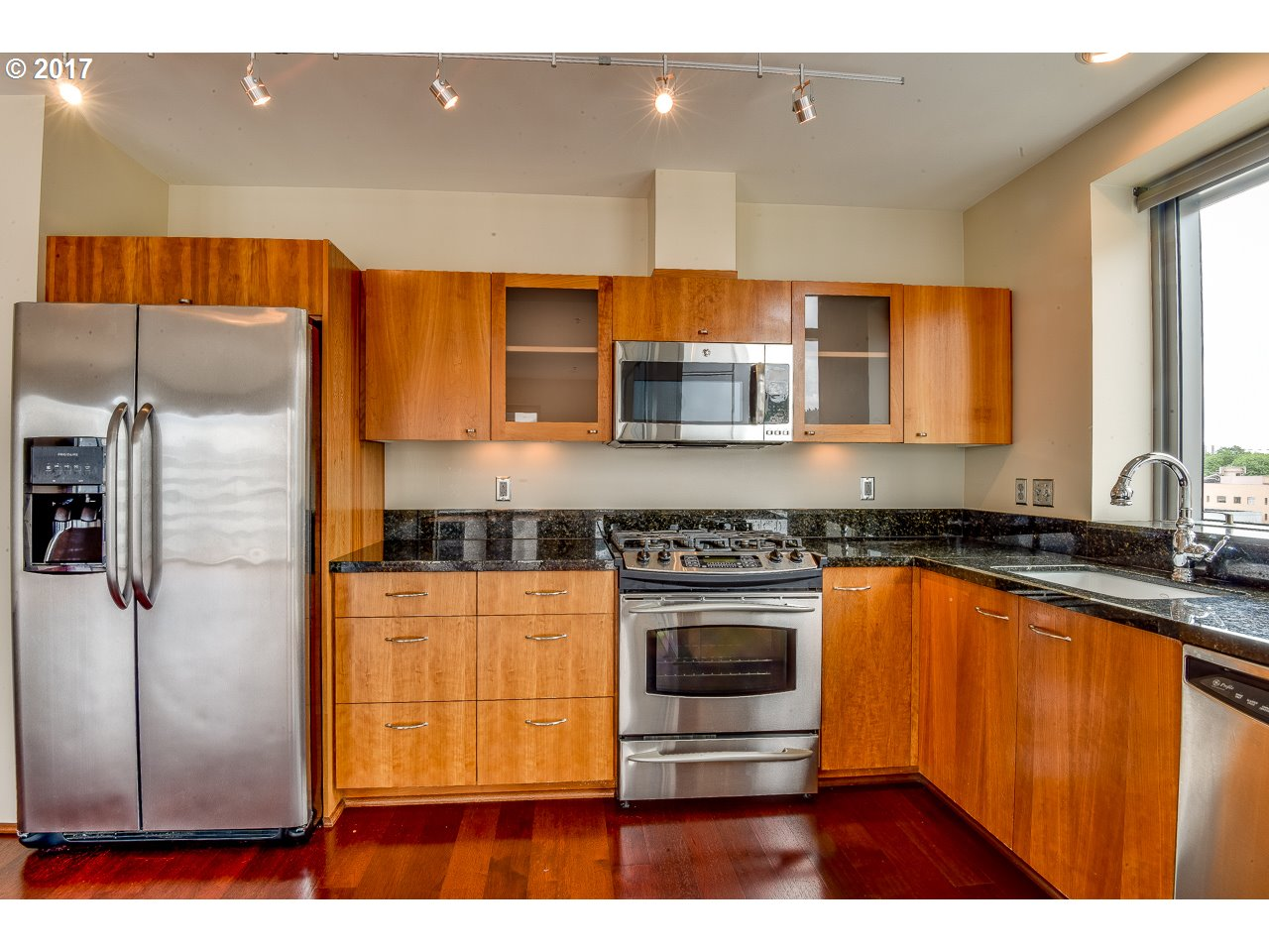 1221 SW 10TH AVE 806 Portland, OR 97205 - MLS #: 17486103