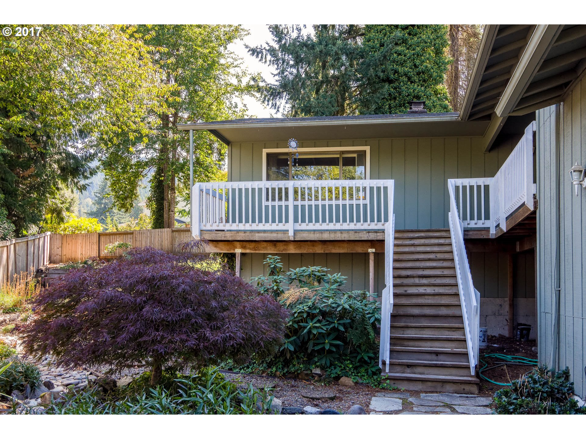 353 S 68TH PL, Springfield OR 97478