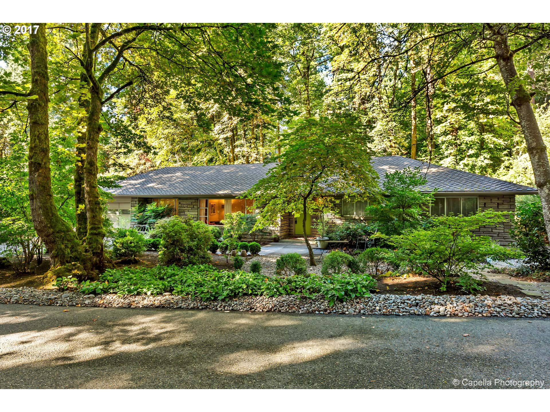 236 PINE VALLEY RD, Lake Oswego OR 97034