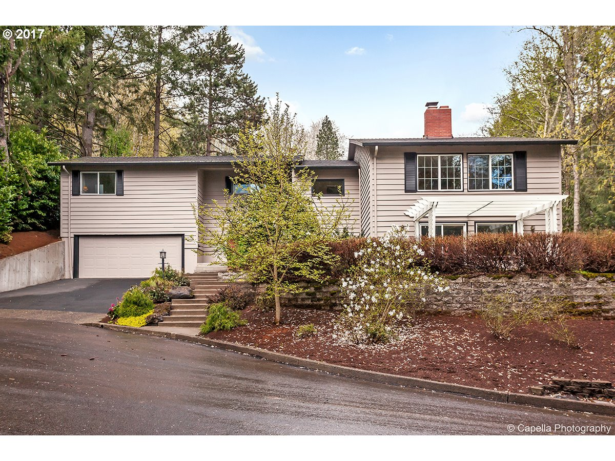 880 WOODWAY CT, Lake Oswego, OR 97034