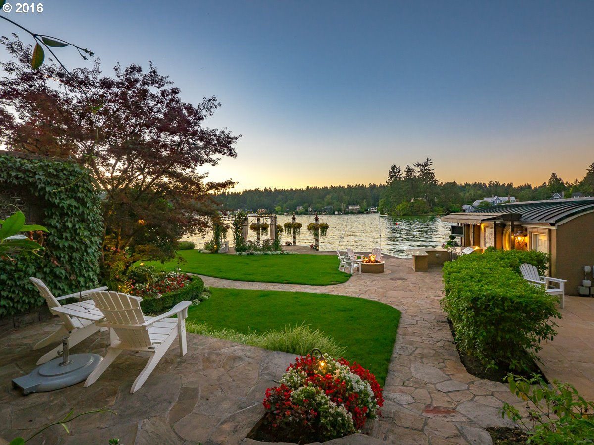 1527 LAKE FRONT RD Lake Oswego, OR 97034 - MLS #: 17493404