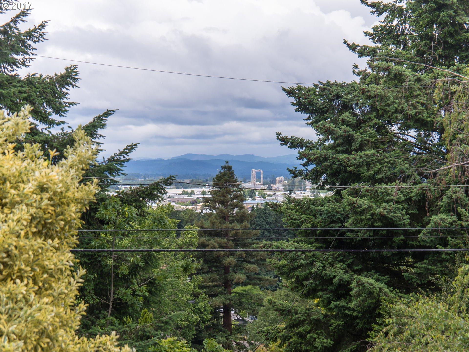 2035 BUCK ST Eugene, OR 97405 - MLS #: 17494235
