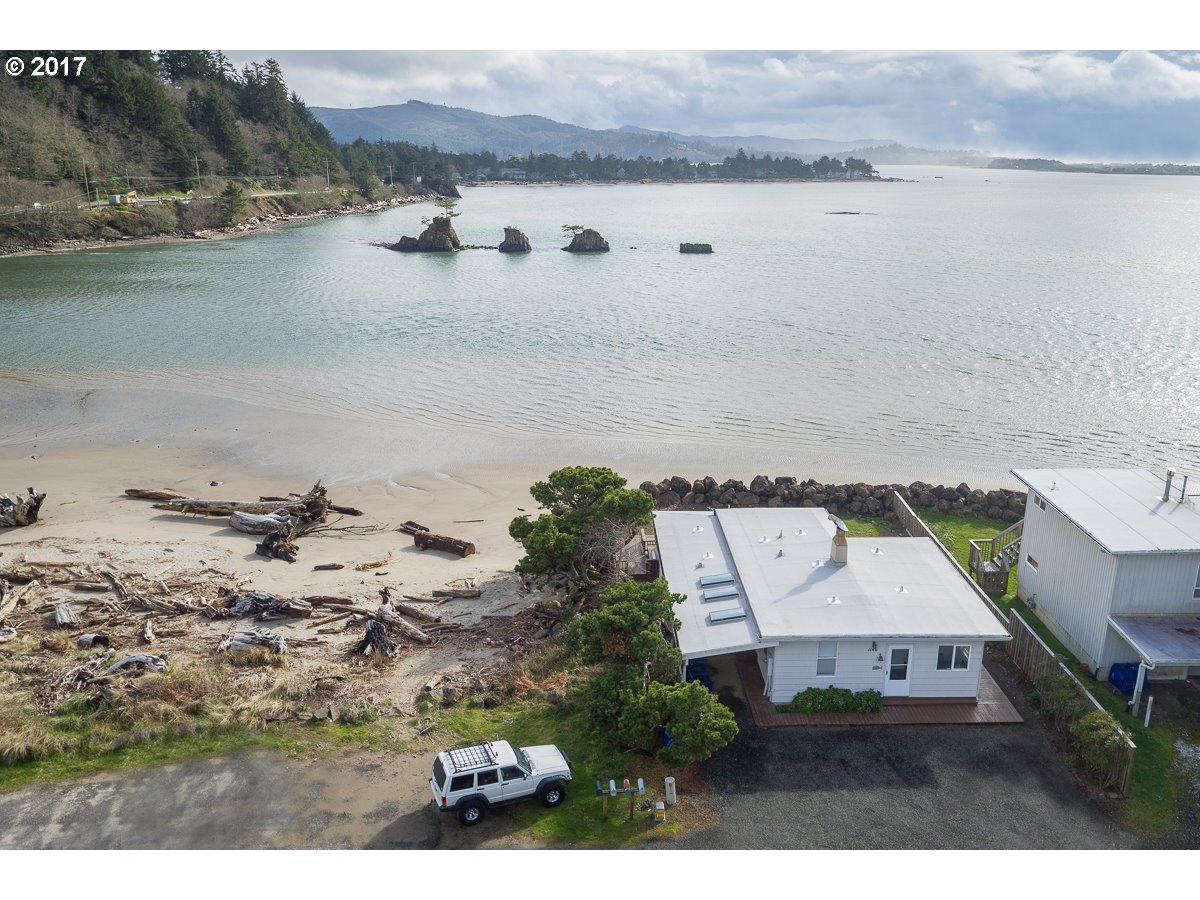 1146 SW 52ND CT, Lincoln City, OR 97367