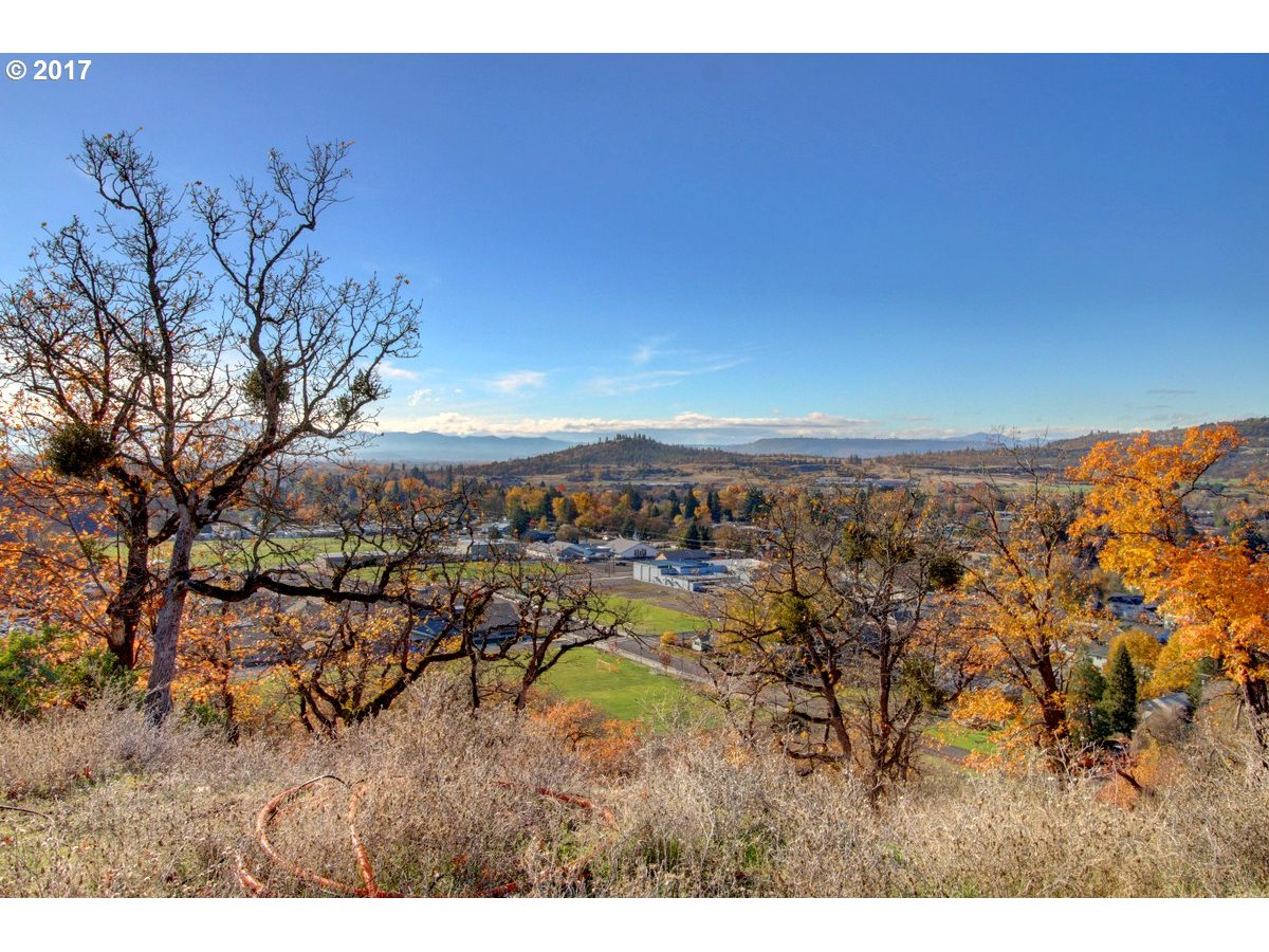 Gold Hill, OR 0 Bedroom Home For Sale