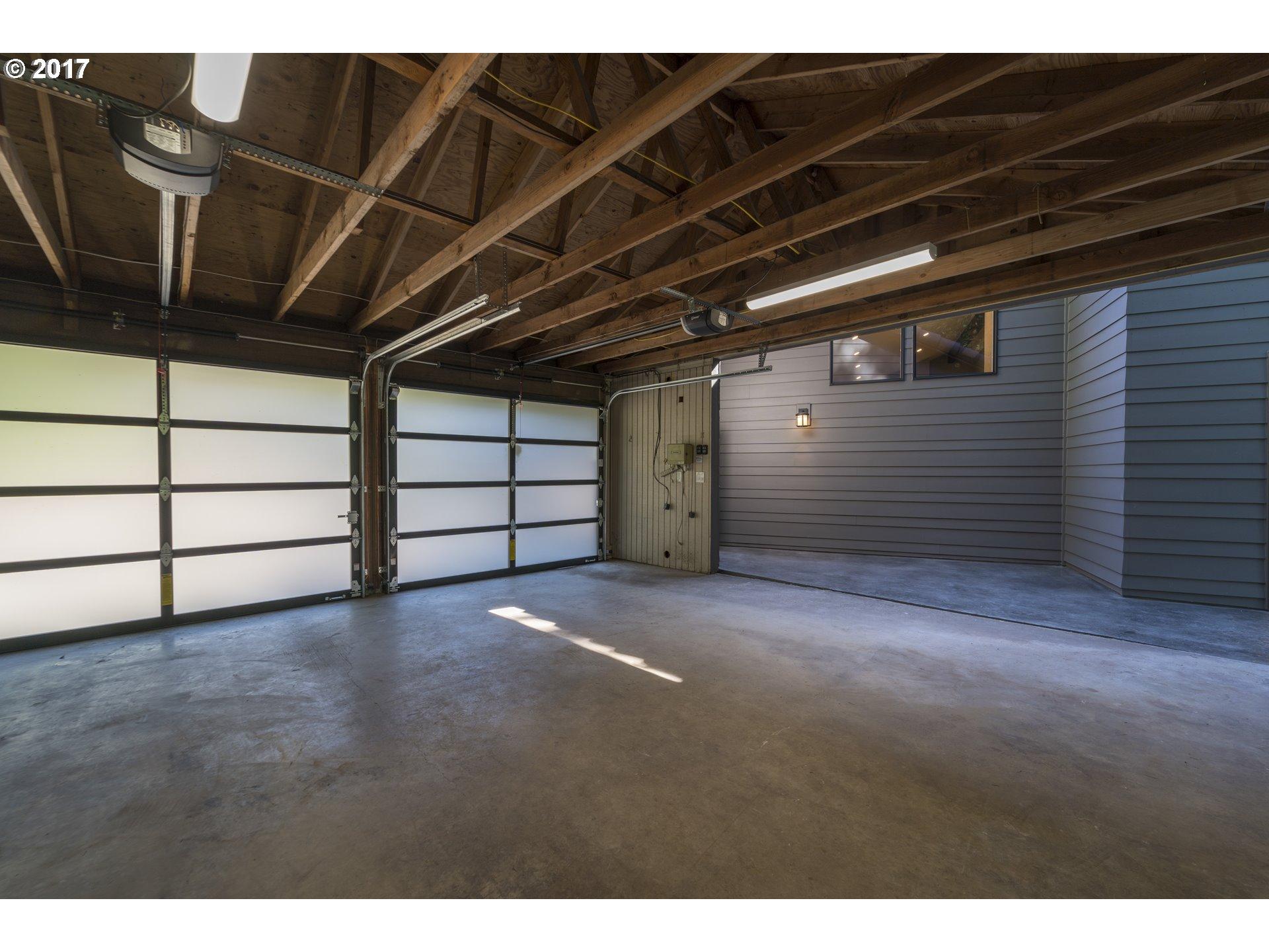 5005 SW HUMPHREY PARK RD Portland, OR 97221 - MLS #: 17497144
