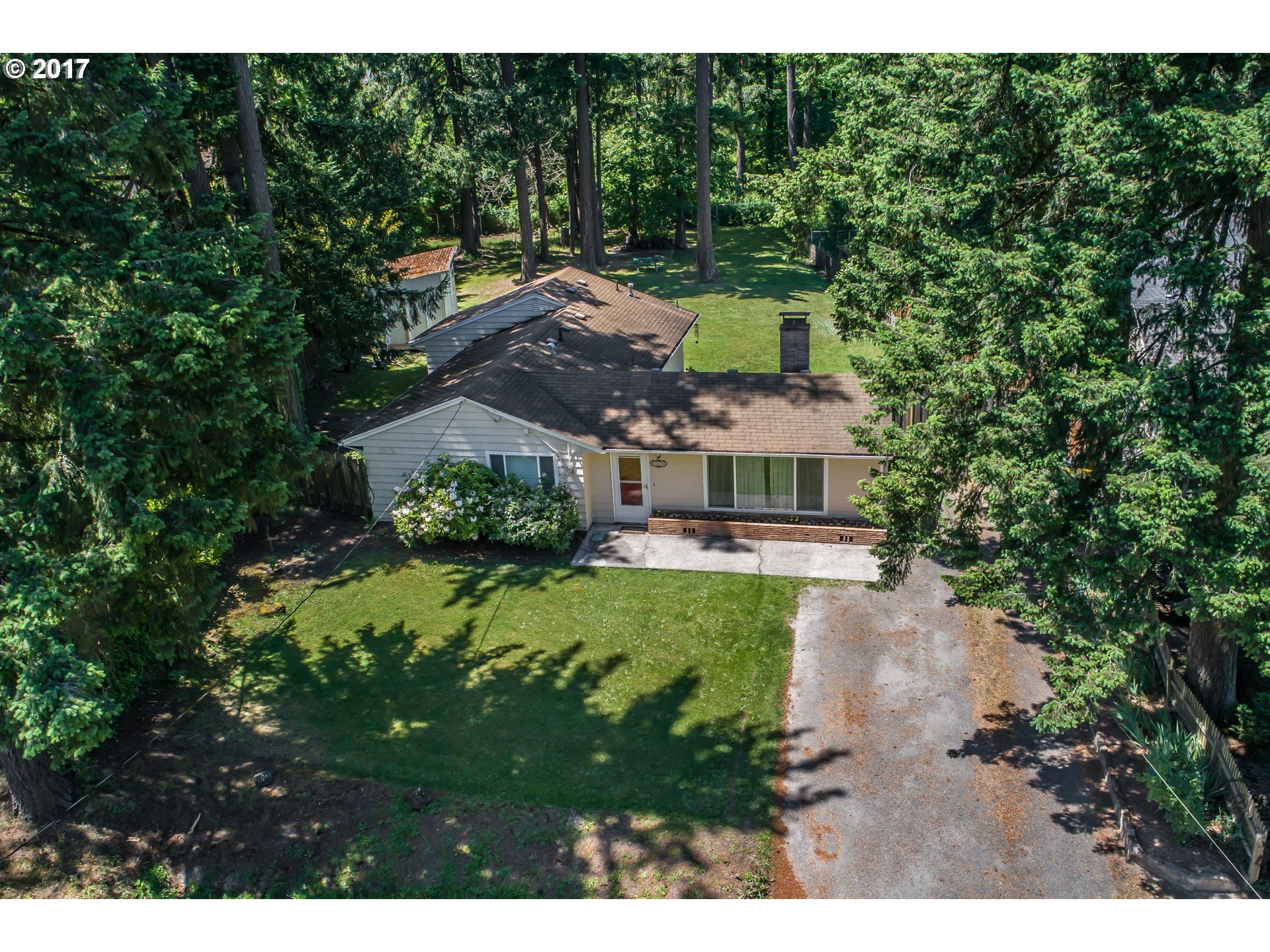 125 NW MEADOW DR, Beaverton, OR 97006