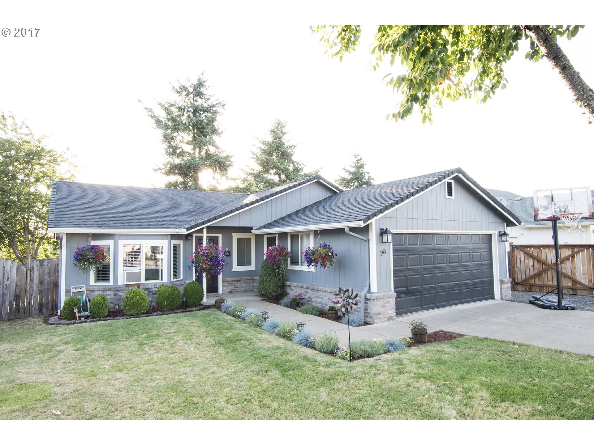 78 ASH GROVE CT, Creswell, OR 97426