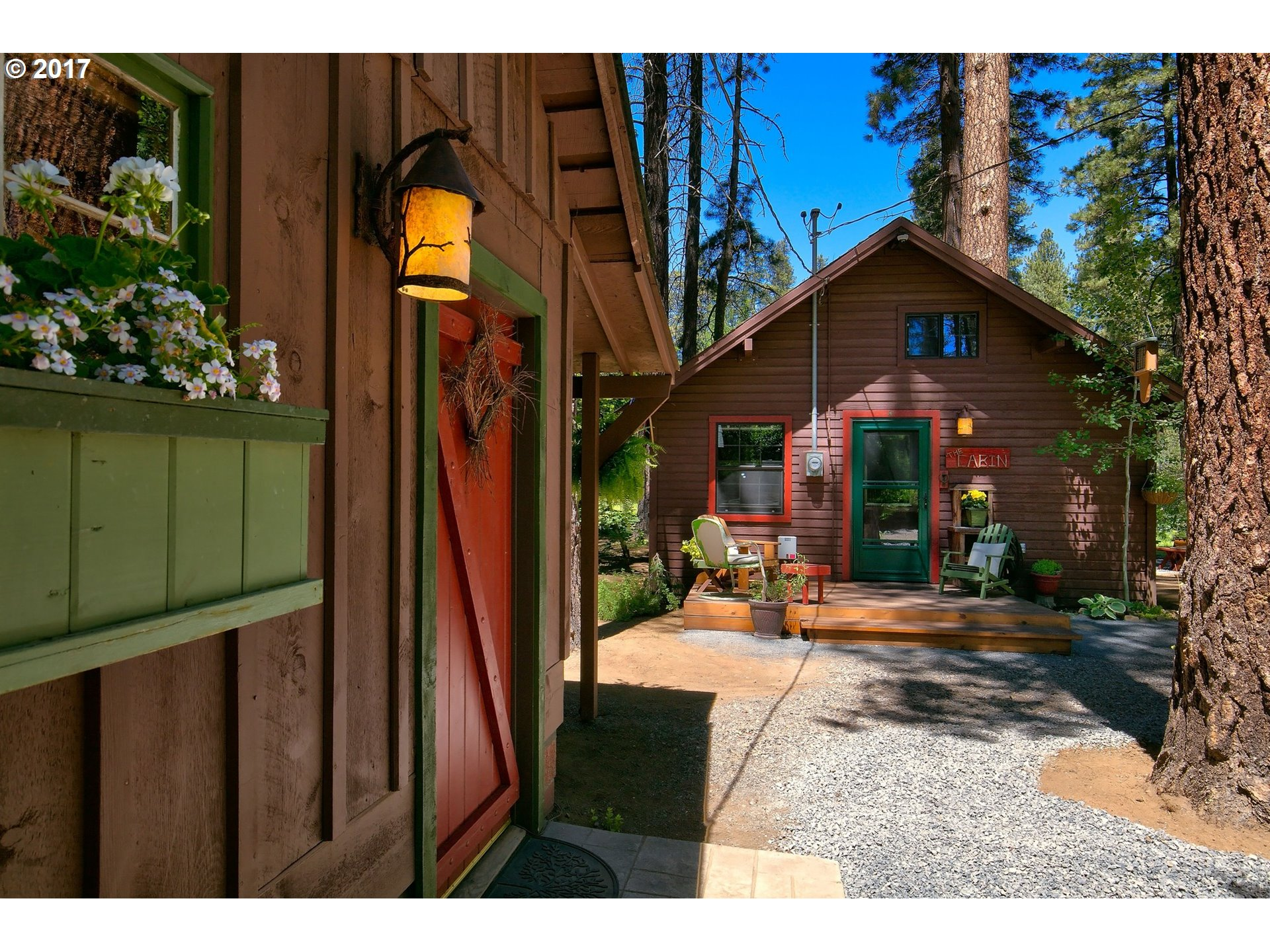 12380 SW RIVER RD SW, Camp Sherman, OR 97730