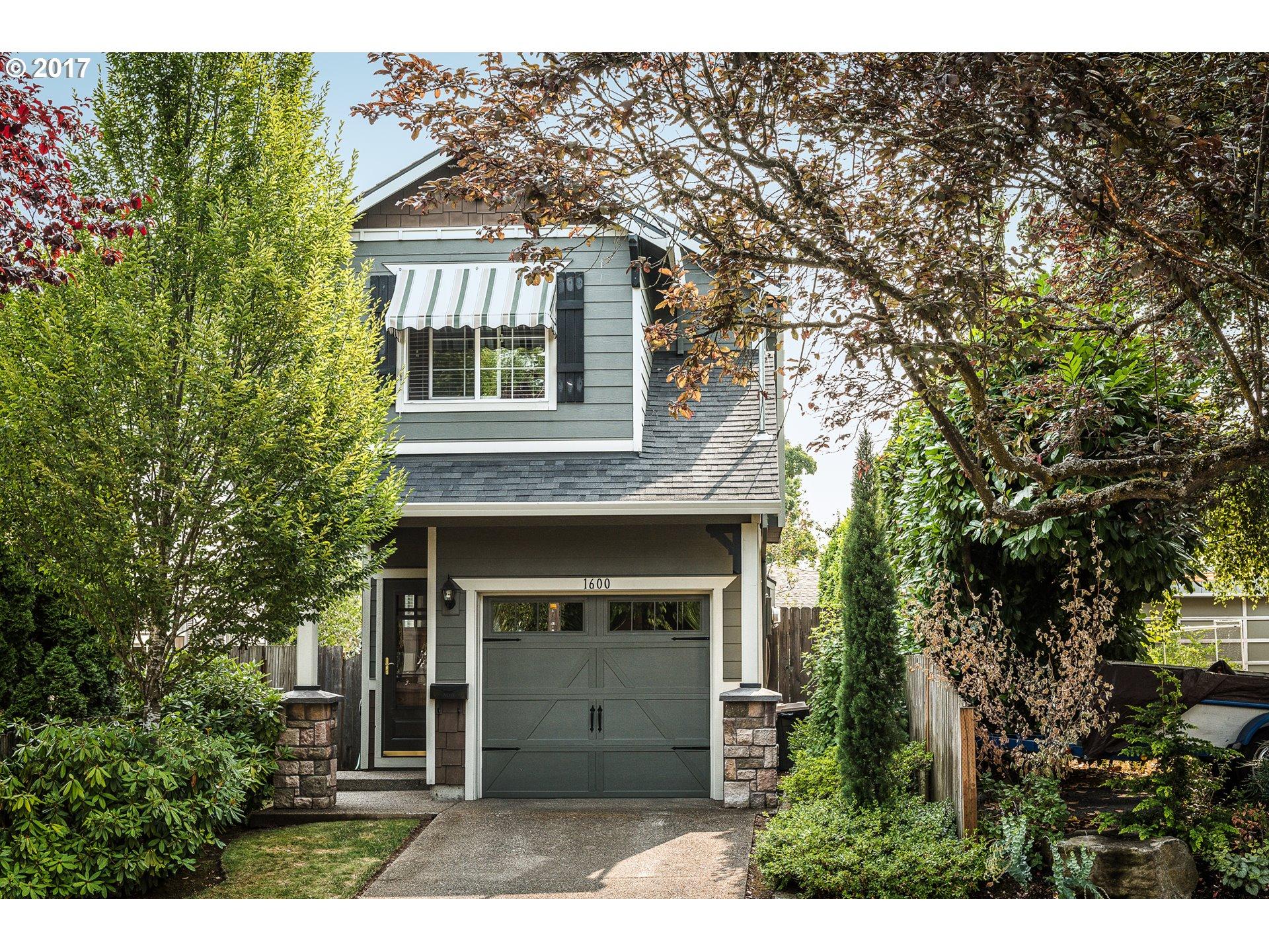 1600 NE 76TH AVE, Portland, OR 97213
