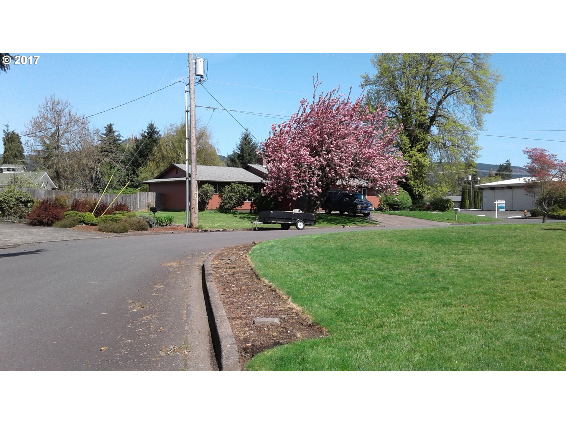 2470 20TH ST Springfield, OR 97477 - MLS #: 17501518