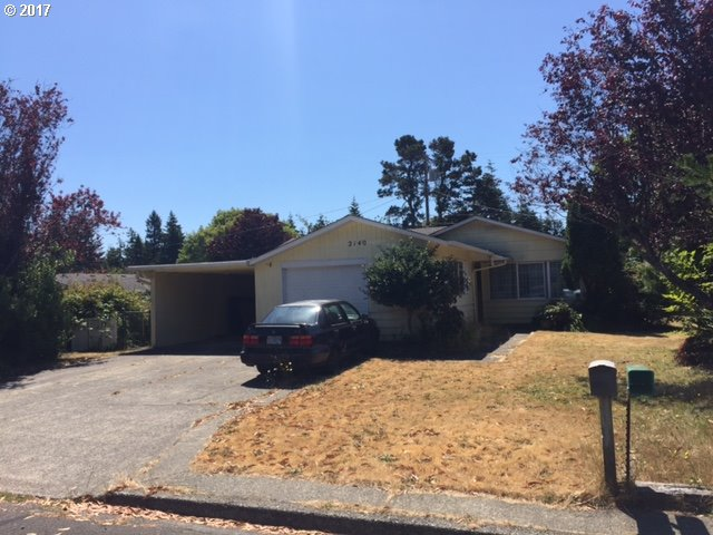 2140 17TH ST, Florence, OR 97439