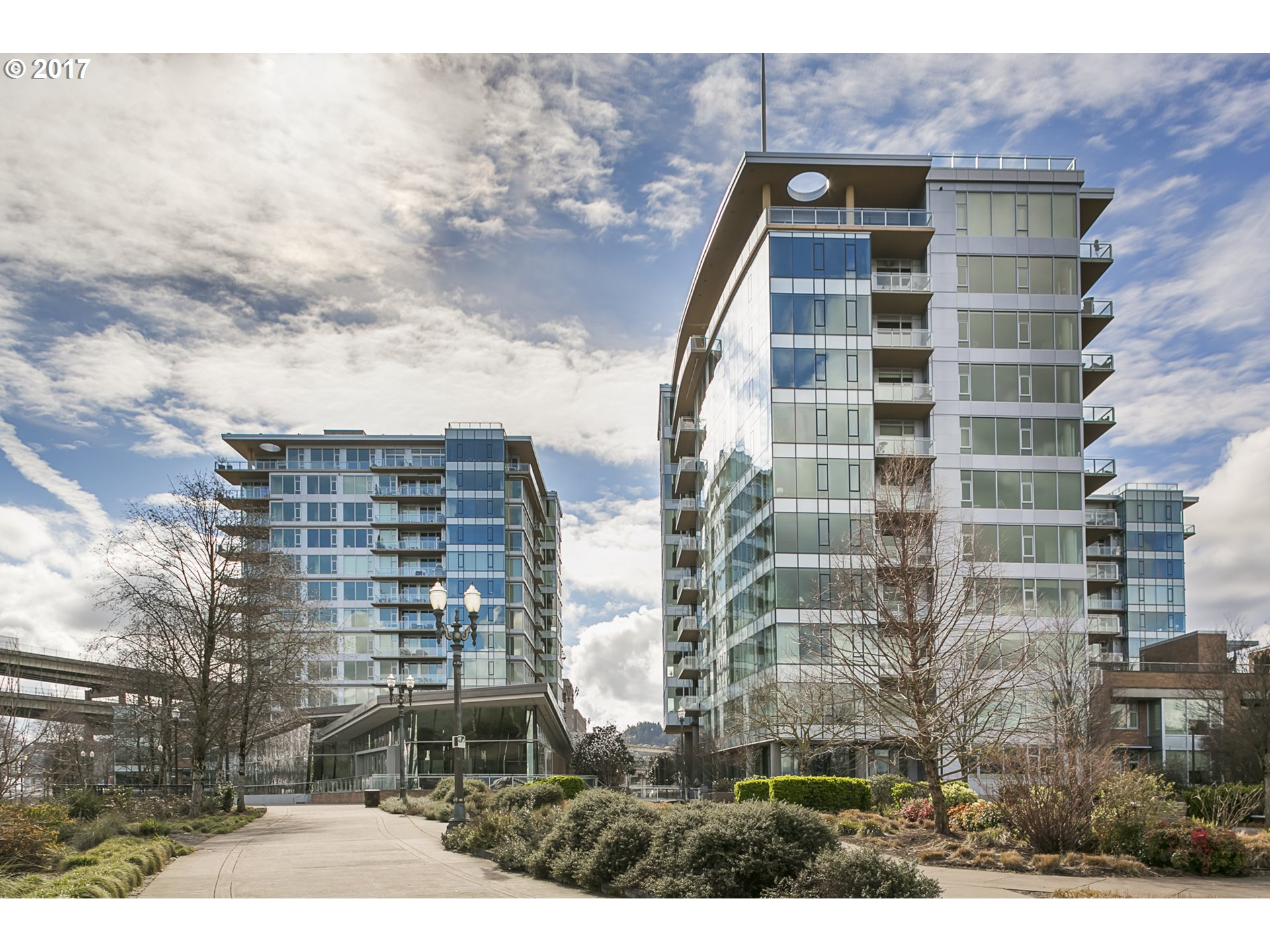 1900 SW RIVER DR N104, Portland, OR 97201