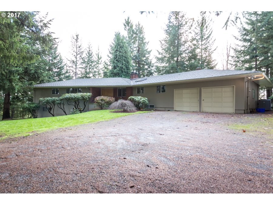 16840 S BECKMAN RD, Oregon City, OR 97045