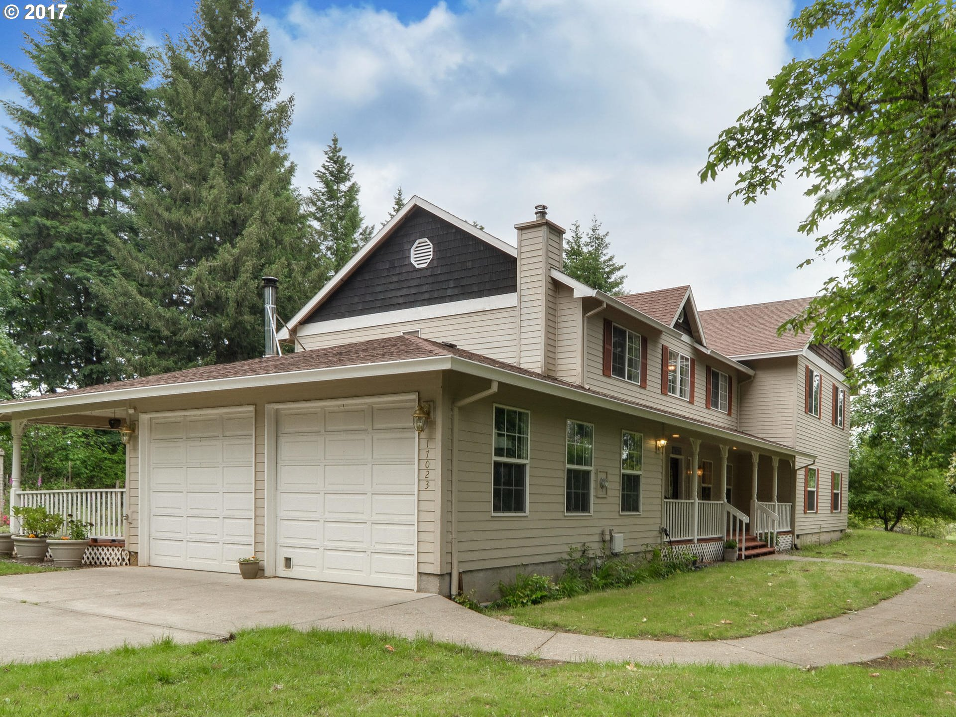 17023 S WINTER VIEW LN, Oregon City, OR 97045