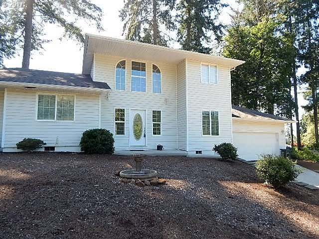 1150 S 69th PL, Springfield, OR 97478