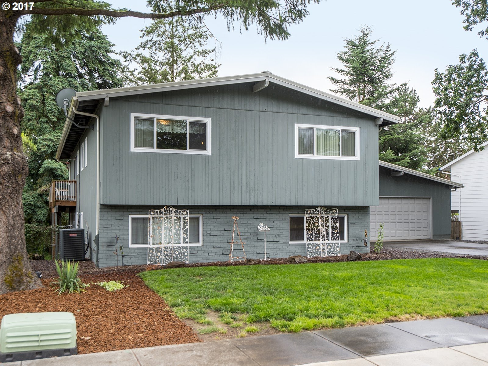 17420 CROWNVIEW DR Gladstone, OR 97027 - MLS #: 17515806
