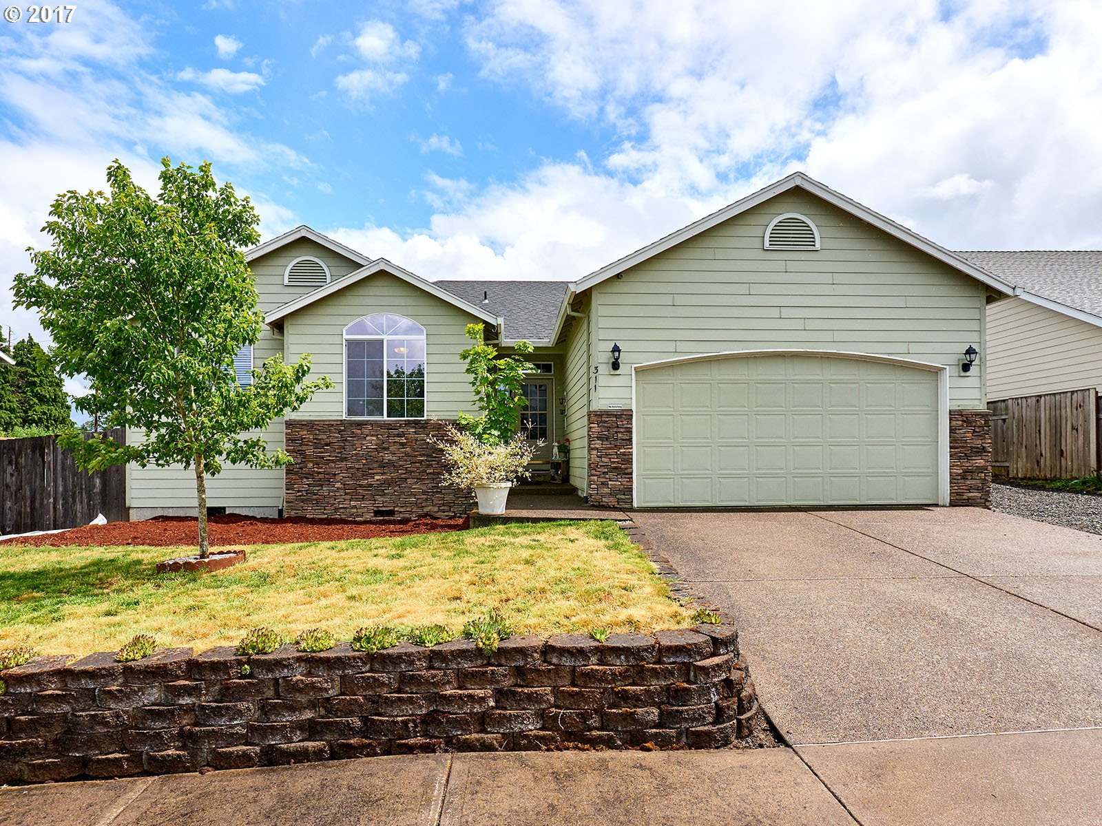 311 CHINOOK ST Molalla, OR 97038 - MLS #: 17515870