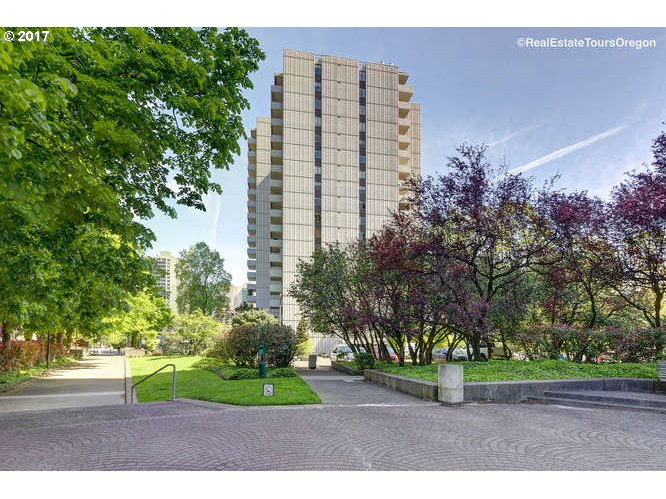 2211 SW 1ST AVE 704, Portland, OR 97201