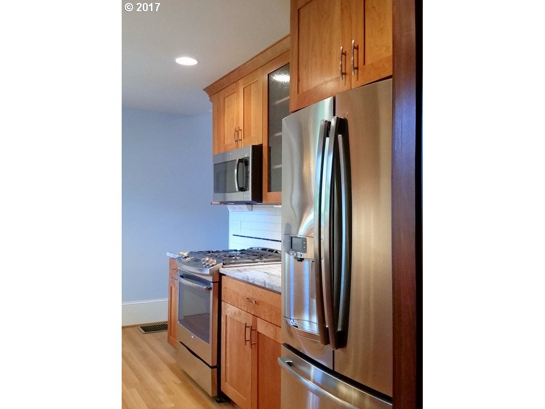 110 NE CESAR E CHAVEZ BLVD Portland, OR 97232 - MLS #: 17524743