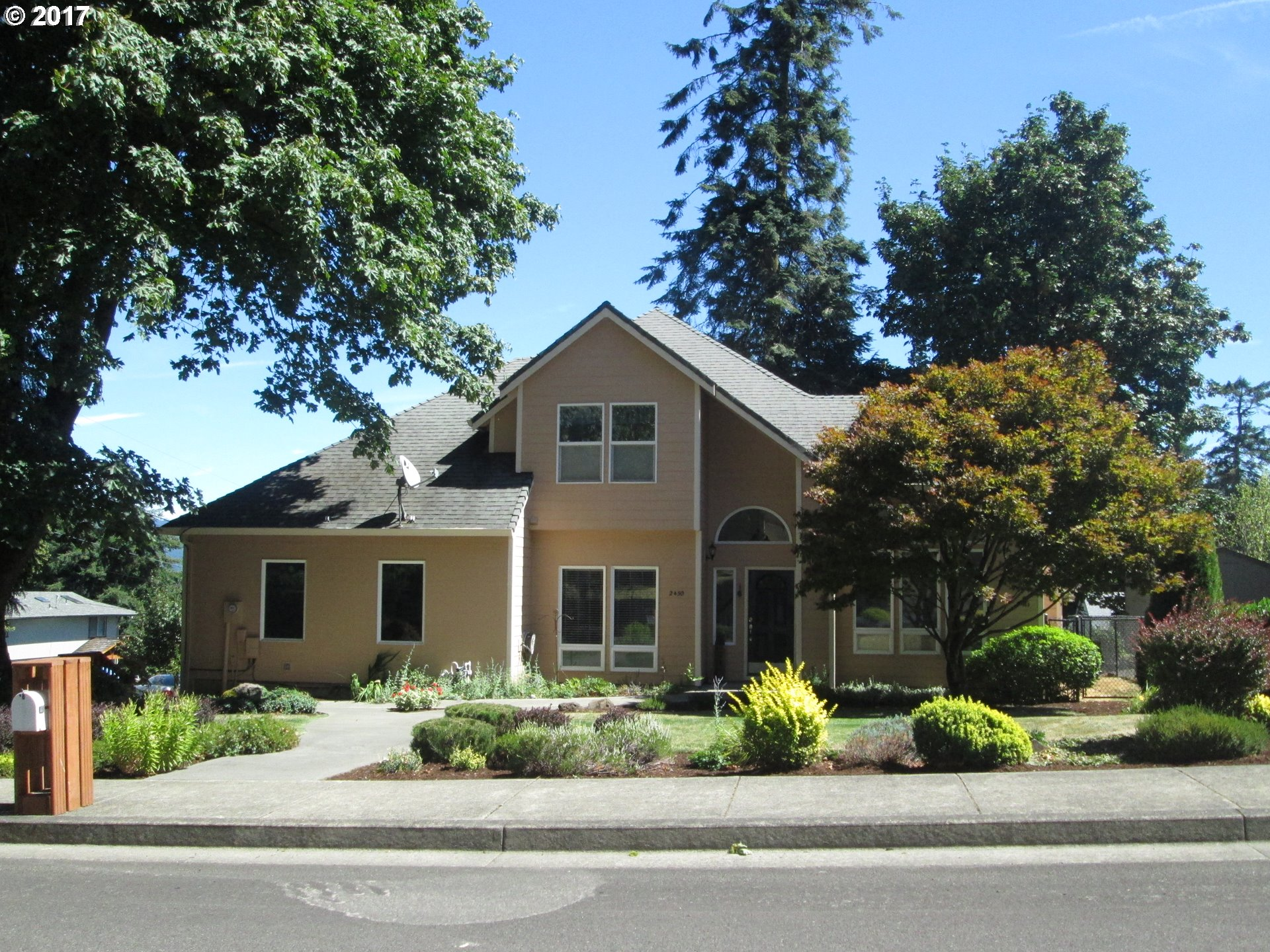 2450 7TH ST, Columbia City, OR 97018