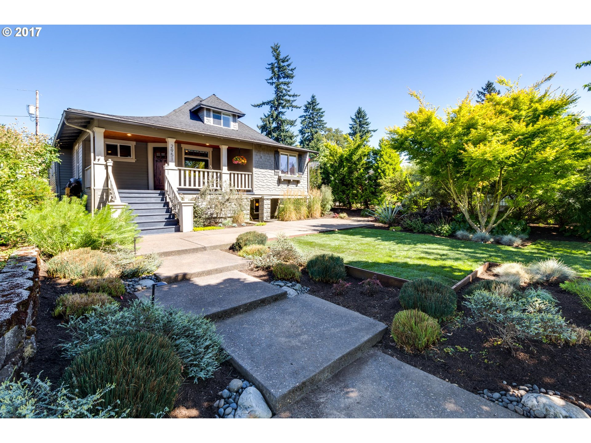 Located on a quiet & magical stretch of N Willamette Blvd w/ views galore! Completely renovated in 2011. New windows and engineered HW floors. Open concept kitchen-dining-living makes the most of the space. Granite countertops & SS appliances in kitchen. Huge master on main w/ vaulted ceilings. Nice size lot w/ d/w parking. Spacious family room up & ADU potential down w/ ext. entrance. 4th BR may be non-conforming.