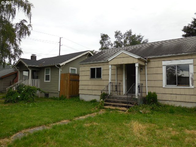 360 20TH AVE Longview, WA 98632 - MLS #: 17527130