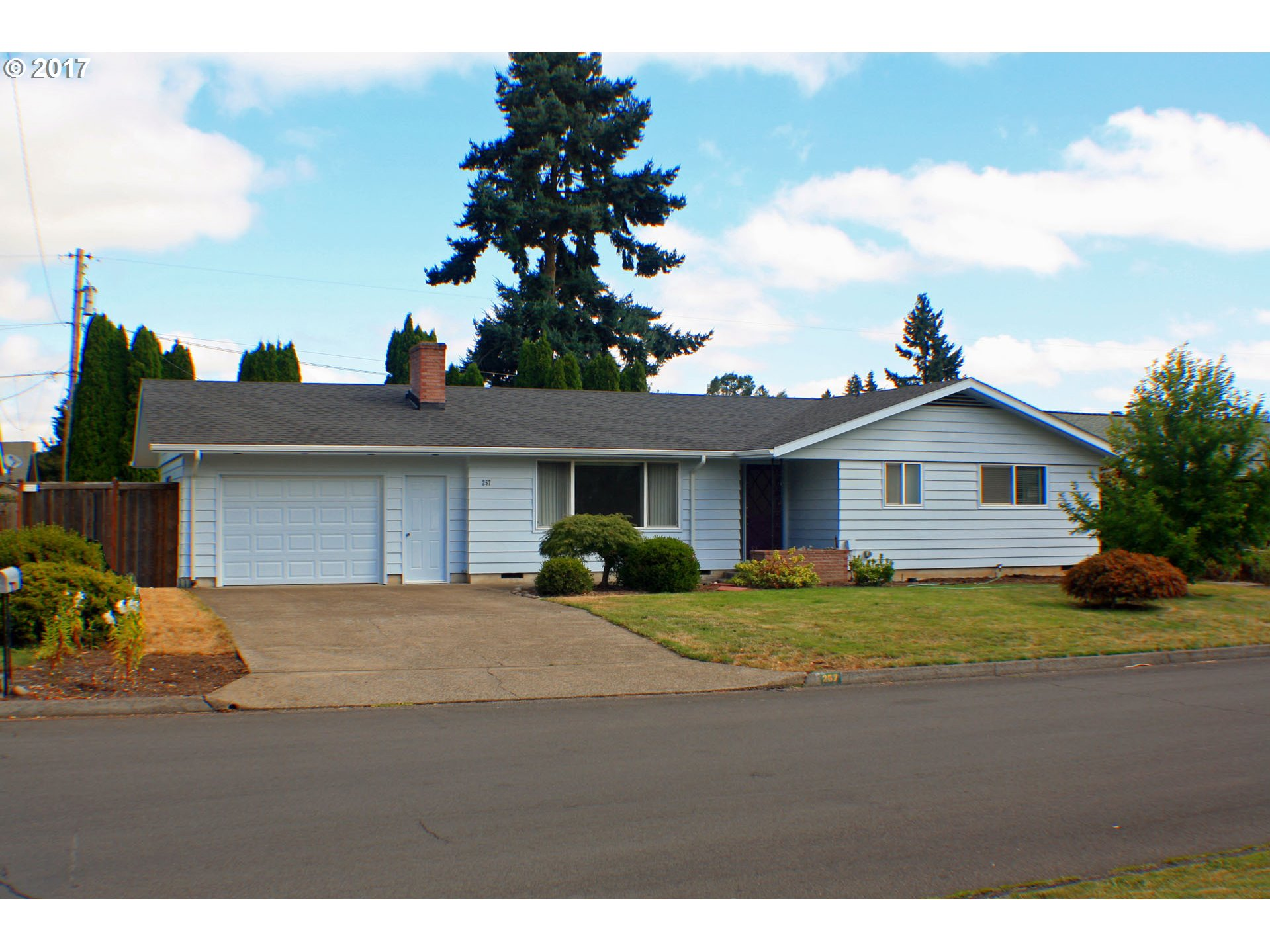 257 Blazer Avenue , Eugene OR 97404