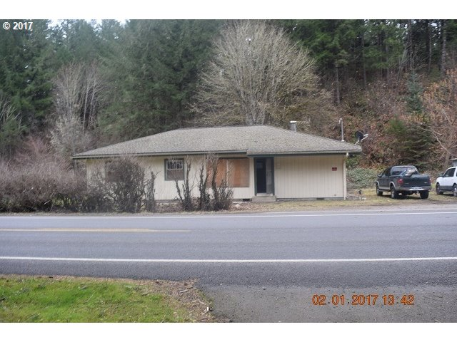 74113 LONDON RD, Cottage Grove, OR 97424