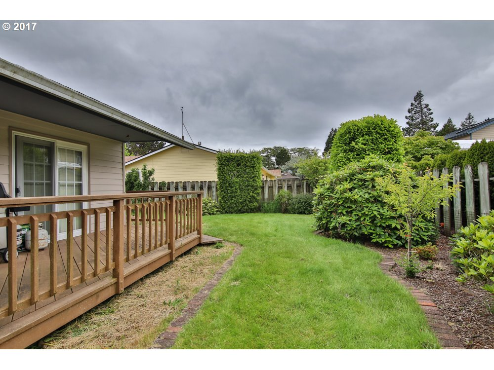 2488 DELORES LN North Bend, OR 97459 - MLS #: 17536213