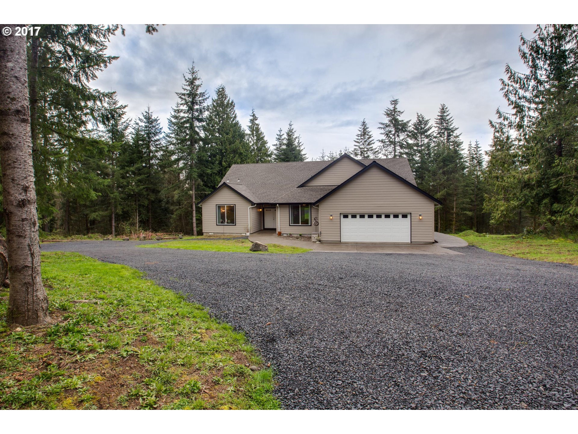 62368 AXEL RD, St. Helens, OR 97051