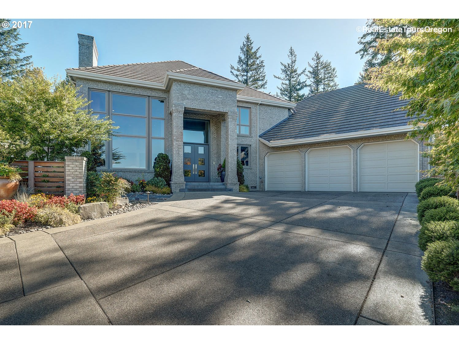 Property for sale at 7232 SW ETON CT, Portland,  OR 97225