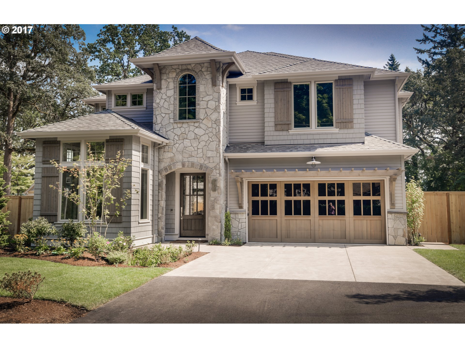 3856 UPPER DR, Lake Oswego, OR 97035