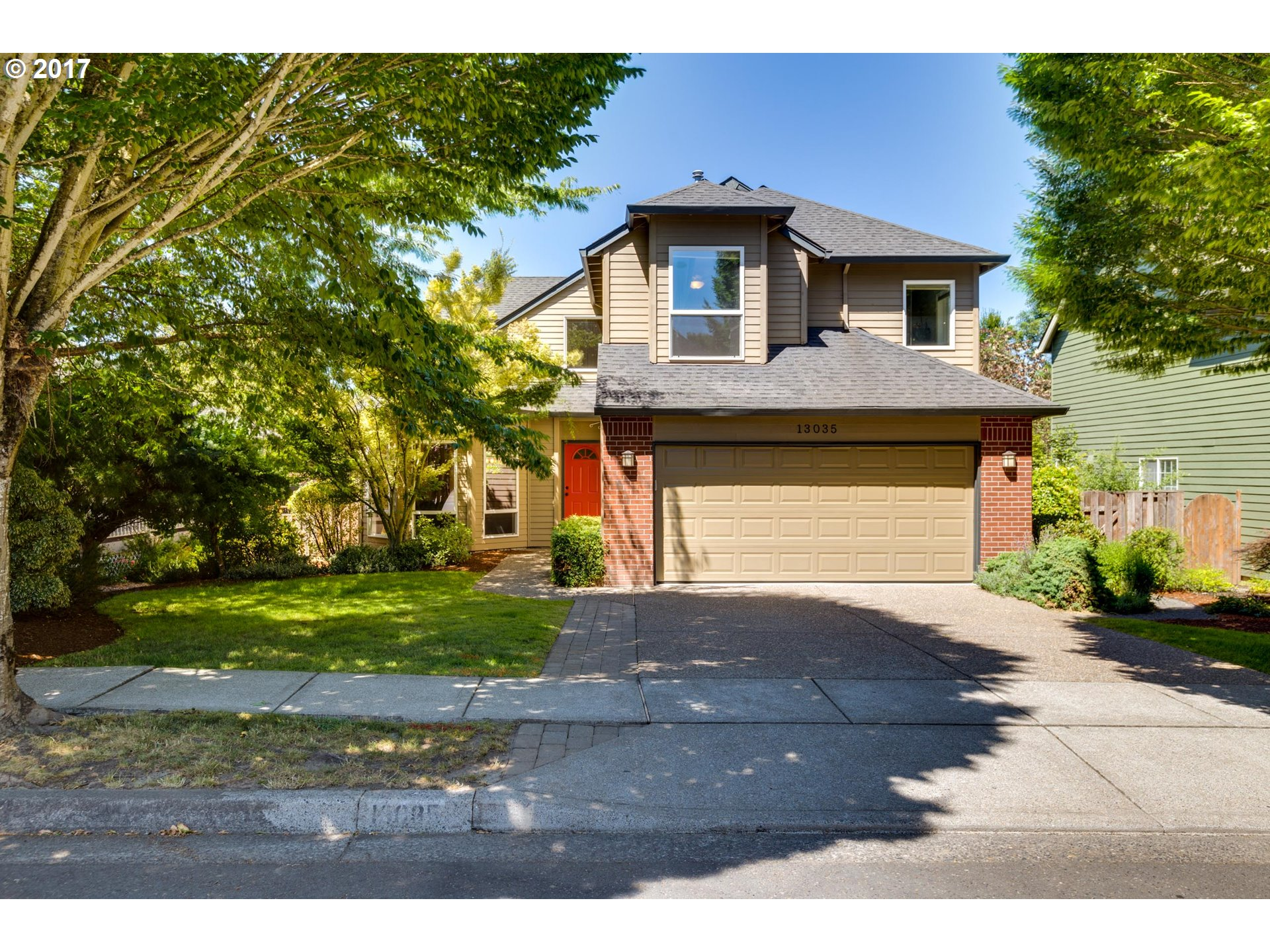 Open Houses 9/23-9/24, 12pm-2pm. Nestled in a wonderful Beaverton neighborhood, thoughtfully updated & well maintained, this home is ready to go! Hickory hardwoods, tile floors & wall to wall carpeting-the space lives large! Generous windows, light & bright w/ master suite + three bedrooms. Open concept kitchen w/nearby family room flows right out to the one of a kind covered deck & fire-pit on the patio! Great schools, great location!!