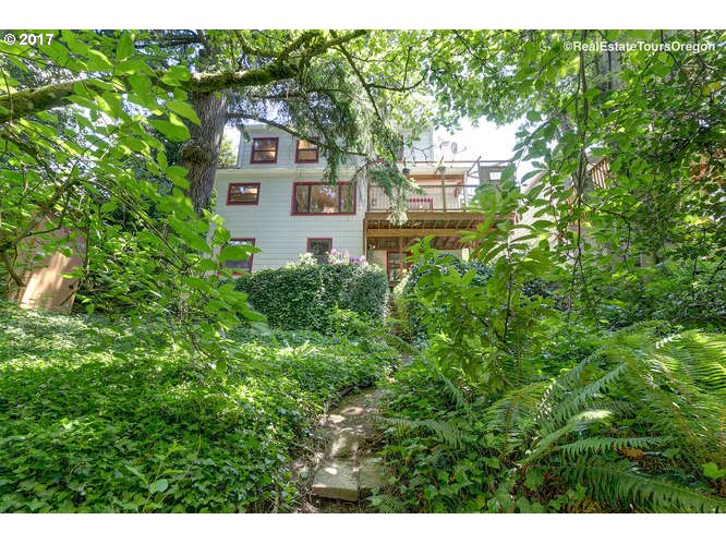 7925 SW 11TH AVE Portland, OR 97219 - MLS #: 17539880